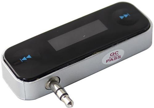 The Touch TM wireless FM transmitter for iPhone